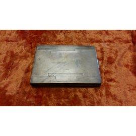 Квадратный портсигар с золотой наклад.,сереб.,146г 251