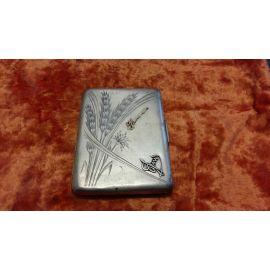 Портсигар с рисунком пшеницы и наклад.,сереб.,140г 258